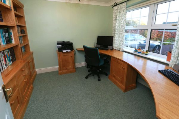 Bespoke office furniture in Lincolnshire